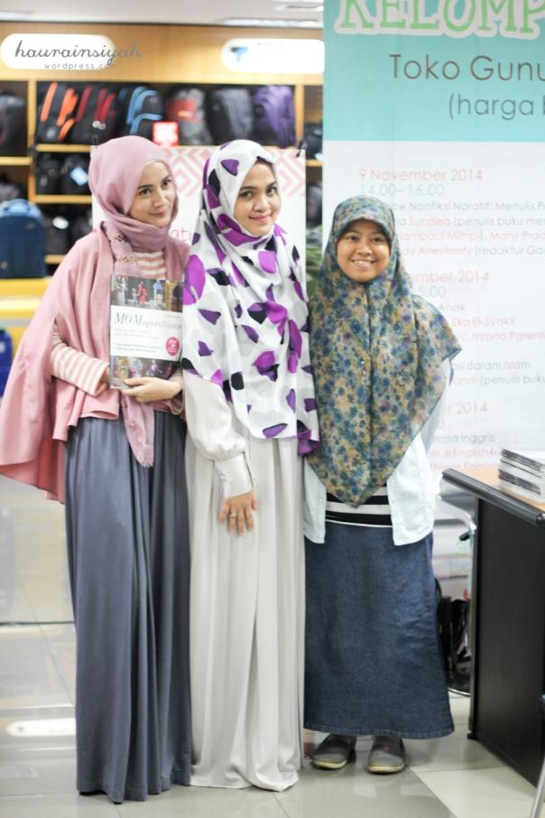 abandung-64 Booktalk Momspirations at Bandung